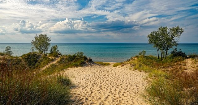 lake-michigan, cabin rentals